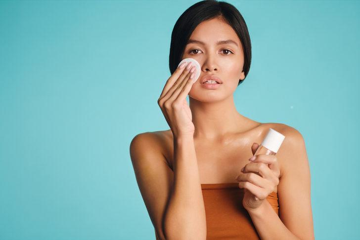 Makyaj temizleyici: Misel su nedir? Misel su nasıl kullanılır?