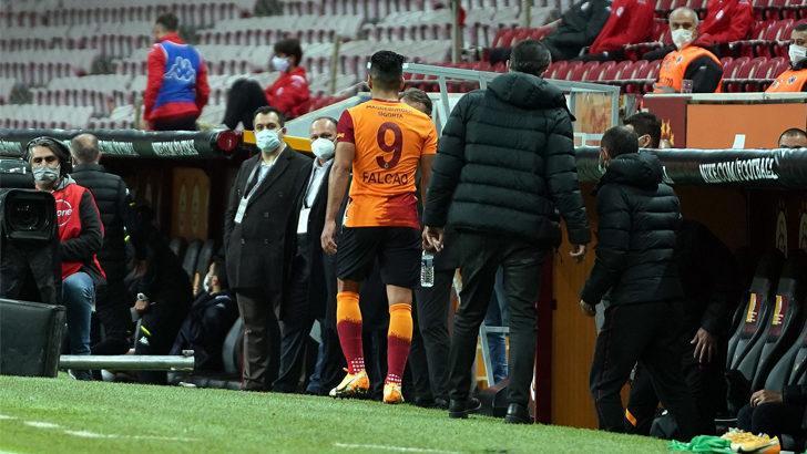 SON DAKİKA! Galatasaray'da Falcao yönetimi kızdırdı