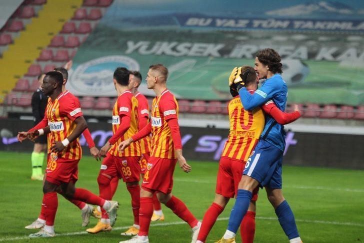 18 yaşındaki Doğan Alemdar, Mensah'ın penaltısını kurtardı!