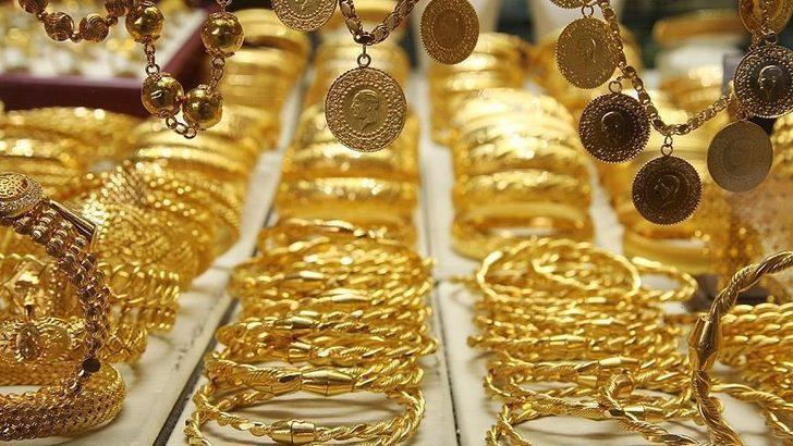Gram altın ne kadar? 4 Ocak altın fiyatları ne kadar? Altın fiyatları düşecek mi yükselecek mi? Çeyrek altın ne kadar?