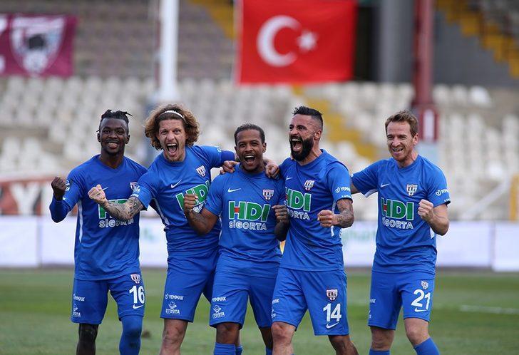 Bandırmaspor'da Altay maçında abartılı sevinç gösterisinde bulunan personele pirim cezası