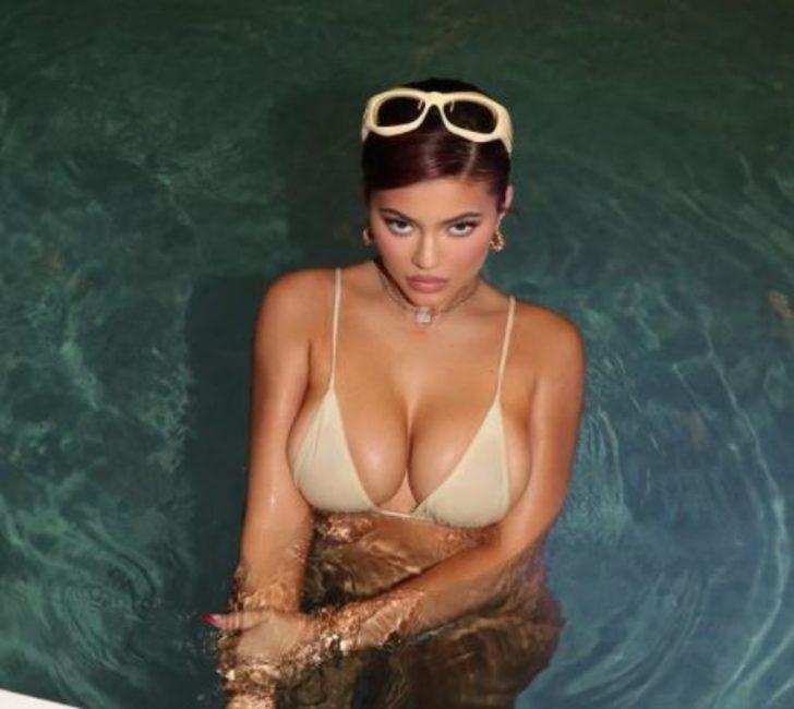 Kylie Jenner ve Kendall Jenner, Aspen'de kayak tatili yapıyor! Günlük 125 bin dolar...