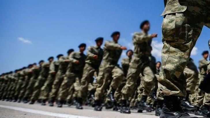 Asker rütbeleri sıralaması nedir? İşte maaşları ve görevleri ile küçüten büyüğe asker rütbleri!