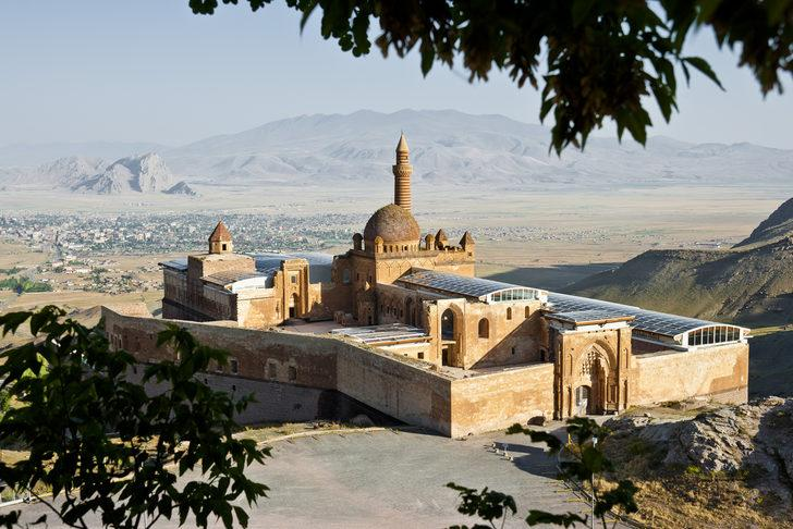 İshak Paşa Sarayı nerede, hangi ilimizdedir? İshak Paşa Sarayı tarihi, hikayesi