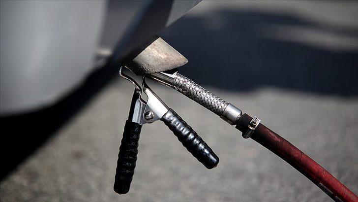 Araç sahipleri dikkat! Egzoz emisyon ölçümü yaptırmama cezası artırıldı! İşte egzoz emisyon ölçüm ücreti ve cezası