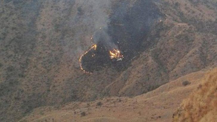 Son dakika! Mısır'da askeri uçak düştü