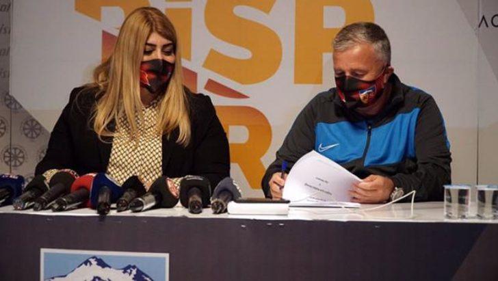 Kayserispor'da Dan Petrescu dönemi resmen başladı