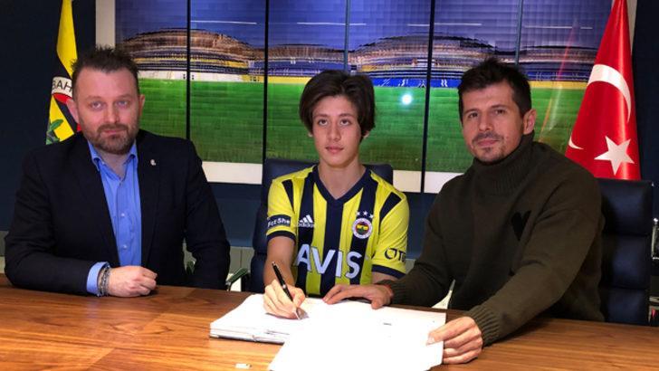 Fenerbahçe Arda Güler ile 2.5 yıllık sözleşme imzaladı