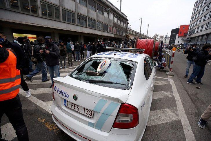Belçika'nın başkenti Brüksel sokakları karıştı!