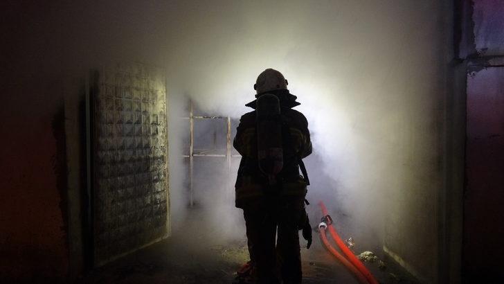 Bursa'da plastik fabrikasında korkutan yangın