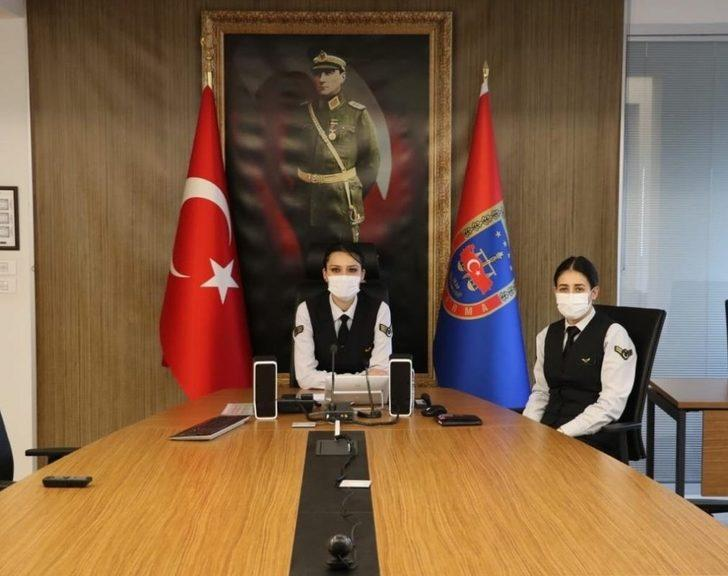 Jandarma öğrencilere çevrimiçi konferans