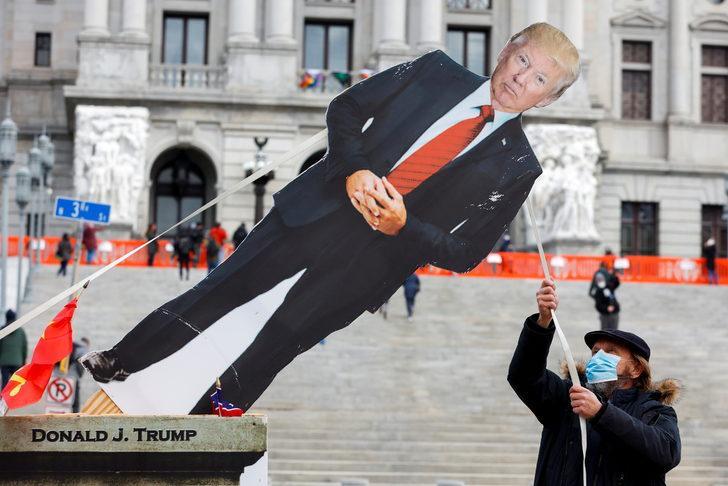Trump paçayı neredeyse kurtardı: Azil sürecinde desteği aldı!
