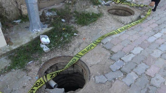 Edirne'de rögar kapakları ve iki evin kapısı çalındı