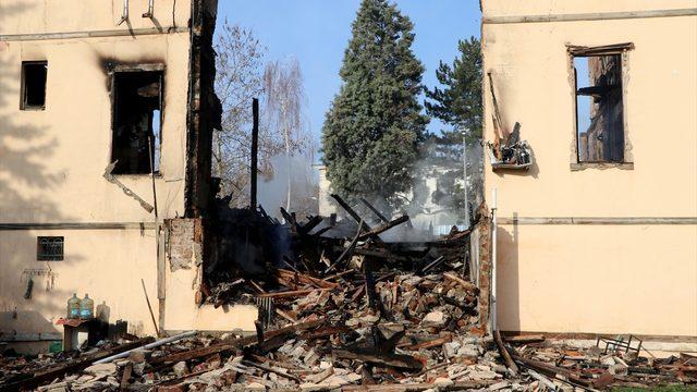 Edirne'de yangında kullanılamaz hale gelen müftülük binası aslına uygun olaak yeniden yapılacak