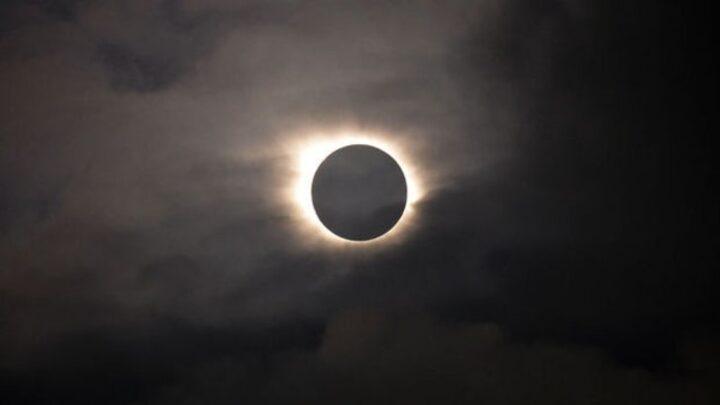 Güneş Tutulması 85 Veya 95 şiddetinde Bir Depremi Tetikleyecek
