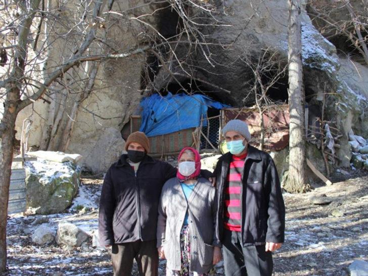 30 yıl mağarada yaşadılar: Okuyamadım ama ben çocuklarımı okuttum