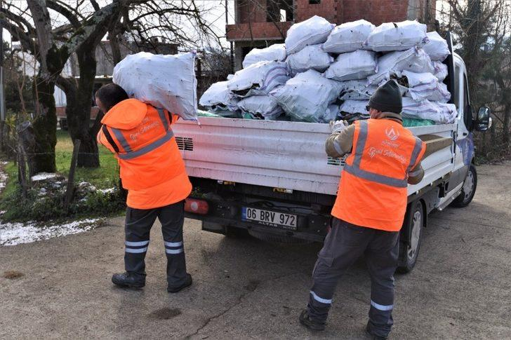 Altınordu Belediyesi'nden yakacak yardımı