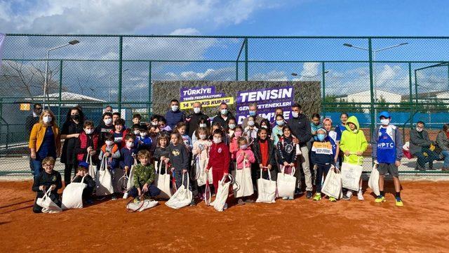 Geleceğin tenisçileri, Didim'de buluştu