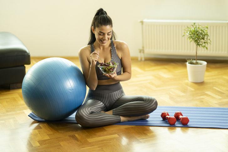 Spordan sonra ne yenir? Hem kilo verin hem tok hissedin!