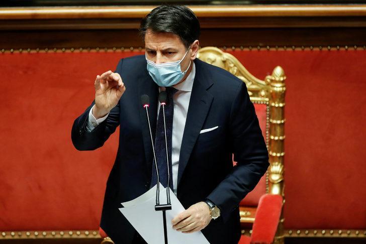 İtalya'da başbakan istifa etti
