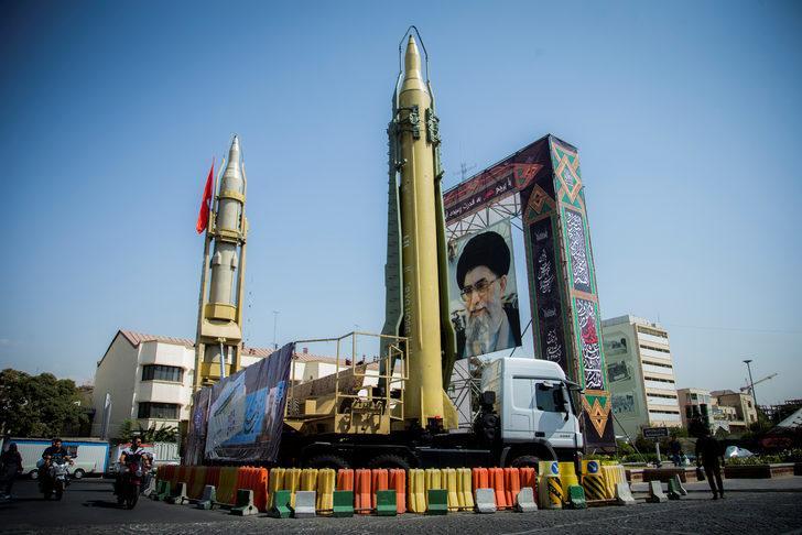 İran, nükleer tesislerinde ani denetimlere imkan veren Ek Protokol'ü askıya aldı