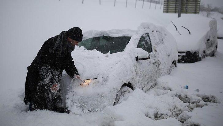 İstanbul'a 1987 karı yağacak iddiası gündem oldu! Meteoroloji'den hava durumu tahminleri geldi