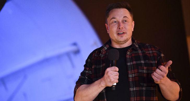 """Elon Musk Clubhouse'tan seslendi: """"Partiye geç kaldım ancak Bitcoin'i destekliyorum"""""""