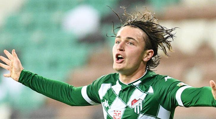Bursaspor, Ali Akman'ı kadro dışı bıraktı!
