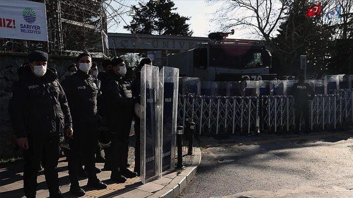 Boğaziçi Üniversitesi'ndeki olaylarla ilgili Valilik'ten yeni açıklama: 98 kişi serbest, 10 kişiye ise ev hapsi