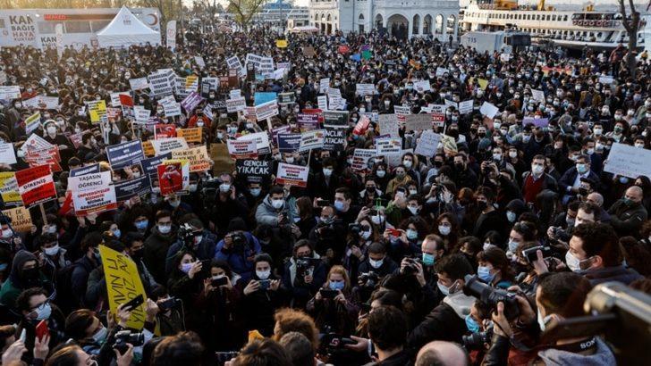 """Muhalefet Boğaziçili Öğrencilere """"Terörist"""" Denilmesine Tepkili"""