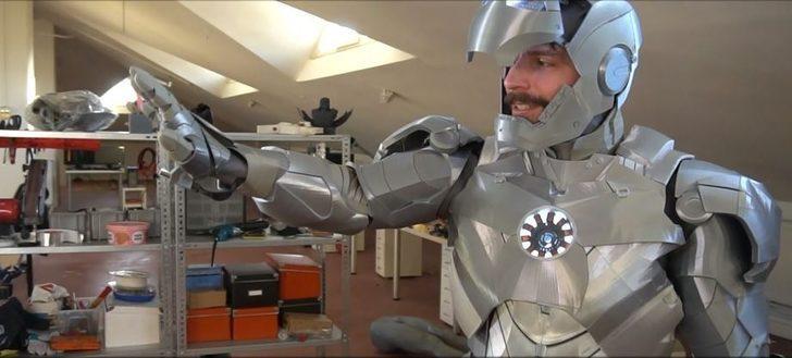 'Yerli Ironman' ismiyle anılıyor! Yapay zeka ve sesli komutla çalışan zırh tasarladı