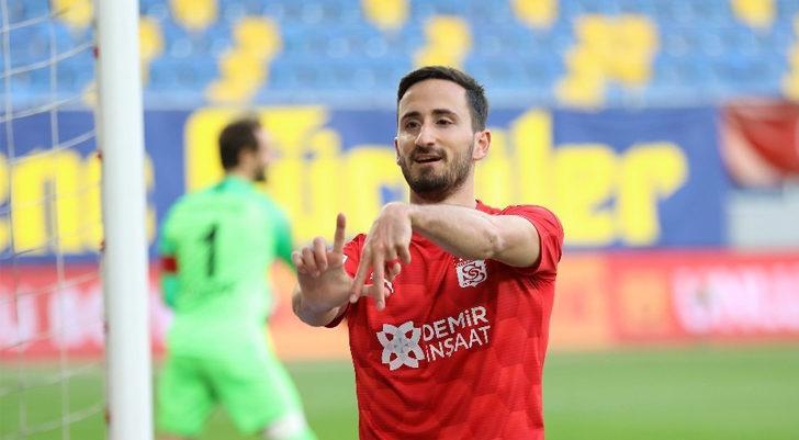 Sivasspor'da Erdoğan Yeşilyurt 2. golünü attı