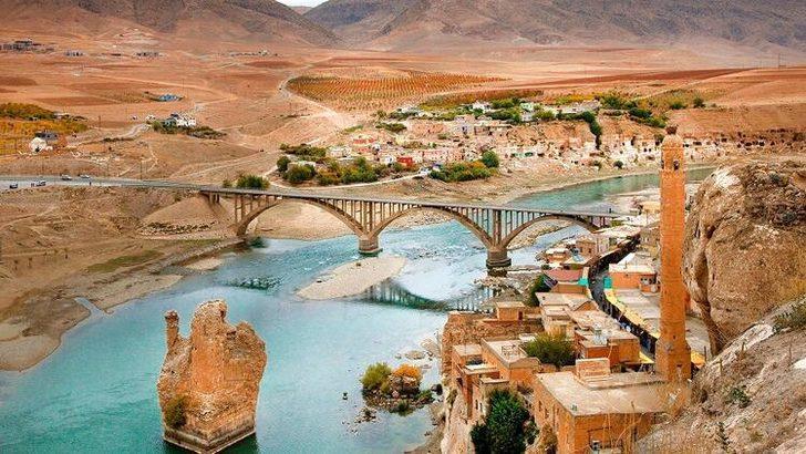Doğaüstü güzellikleriyle Türkiye'nin su altındaki 5 batık şehri!