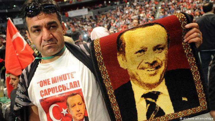 UID AKP'nin yurt dışına uzanan kolu mu?