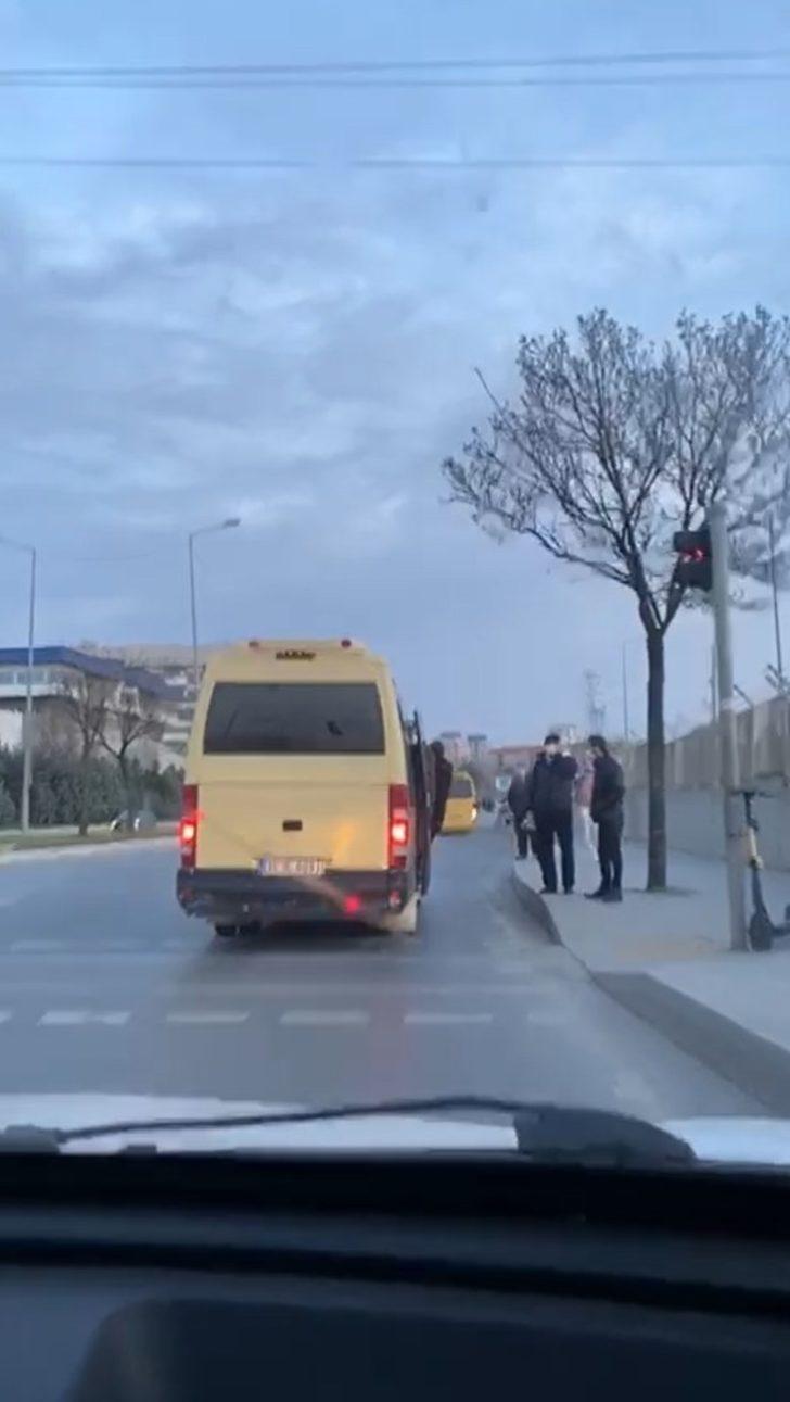 (Özel) Başakşehir'de minibüste sosyal mesafesiz yolcu taşımacılığı pes dedirtti