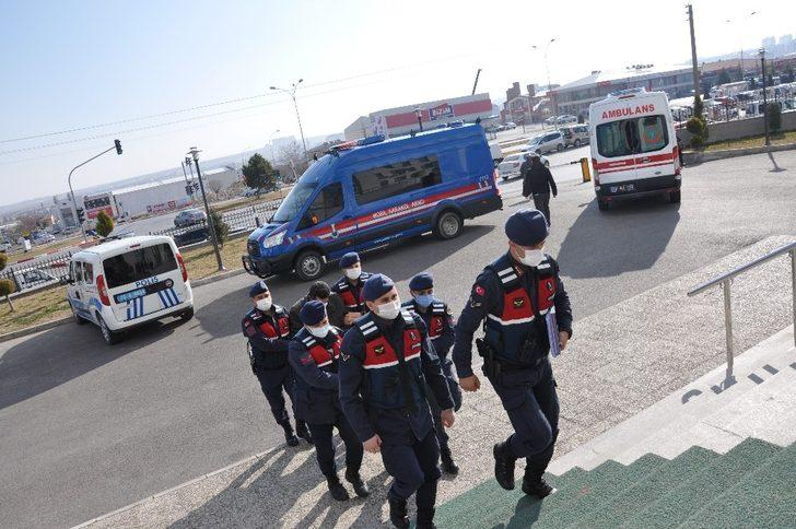 Karaman'da 3 kardeşi bıçaklayan şahıs tutuklandı