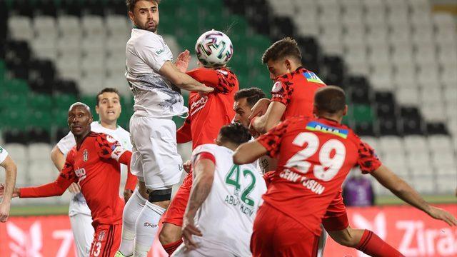 Beşiktaş yarı finalde!