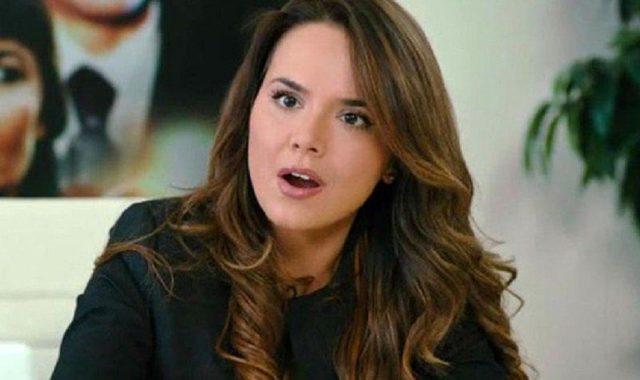 Lara Yeliz Şar kimdir?