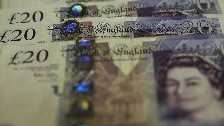 İngiliz sterlini ABD doları karşısında son 3 yılın en yüksek seviyesinde
