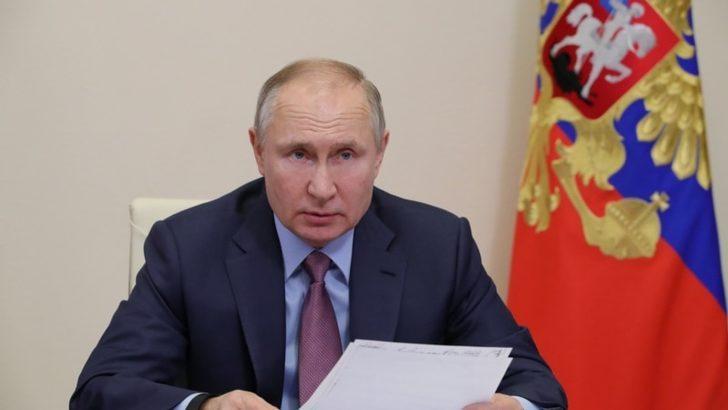 Putin ve Paşinyan Ermenistan'daki durumu görüştü
