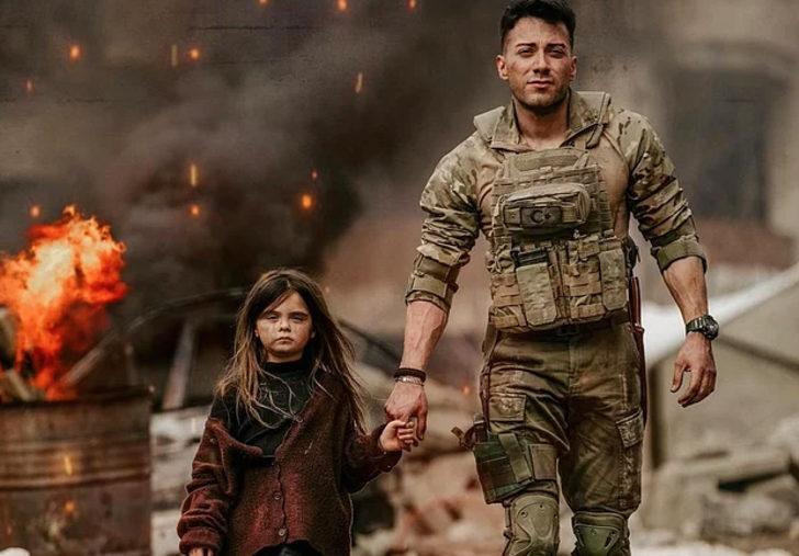 Enes Batur'un asker üniforması giydiği 'Ayaz' şarkısının klibi YouTube'da yayınlandı!