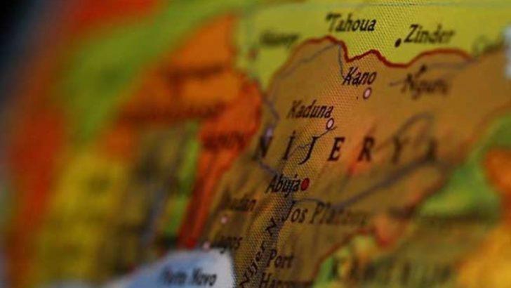 Son Dakika: Nijerya'da askerleri taşıyan uçak düştü