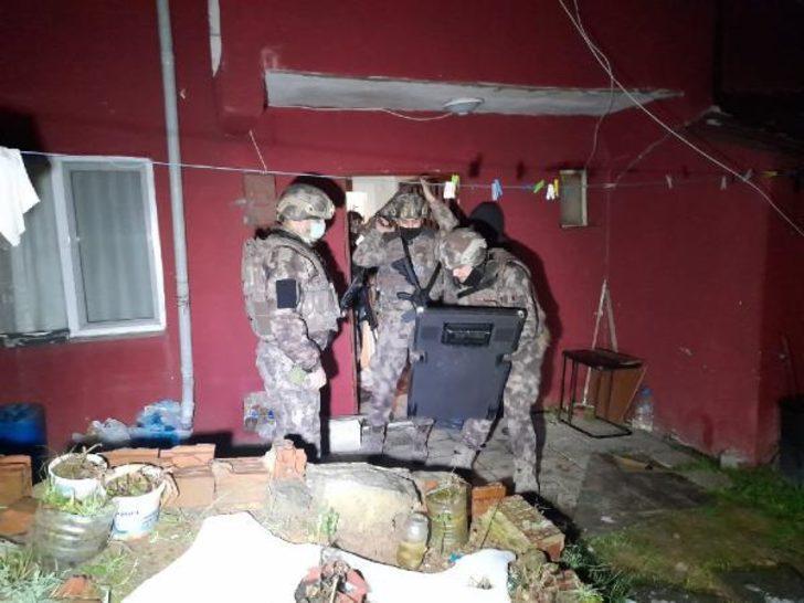 İstanbul merkezli 3 ilde uyuşturucu operasyonu! Çok sayıda kişiye gözaltı