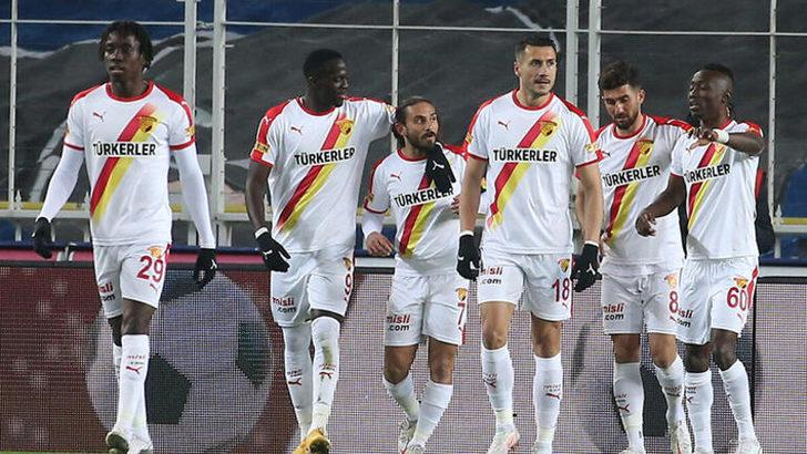 Galatasaray'da savunmaya flaş transfer Alpaslan Öztürk