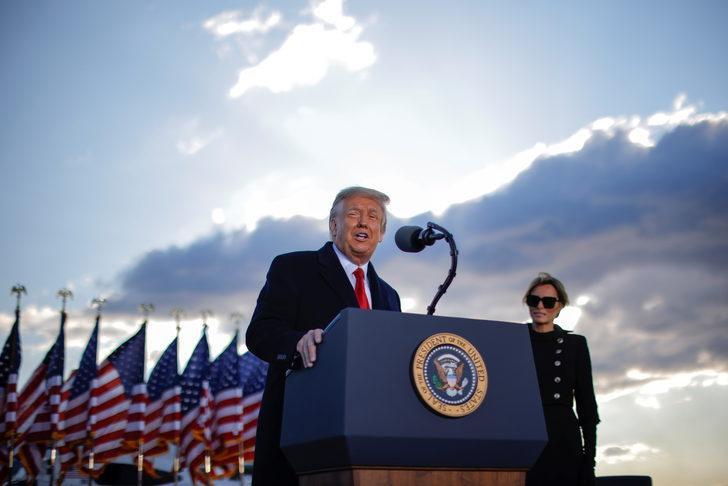 Trump başkanlık döneminde 1,6 milyar dolar kazanmış