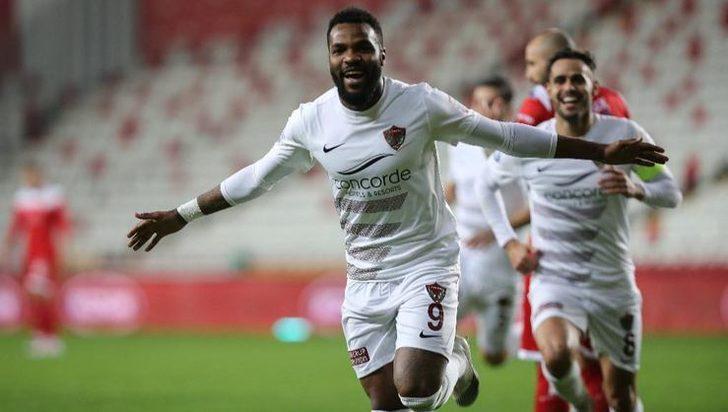 SON DAKİKA! Boupendza, Krasnodar'a transfer oldu!