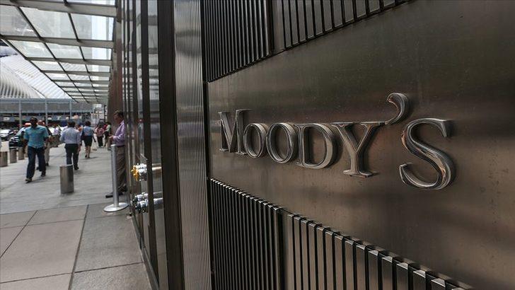 Moody's: Avrupa'da Kovid-19 kısıtlamaları 2021'in ilk yarısında tüketimi baskılayacak