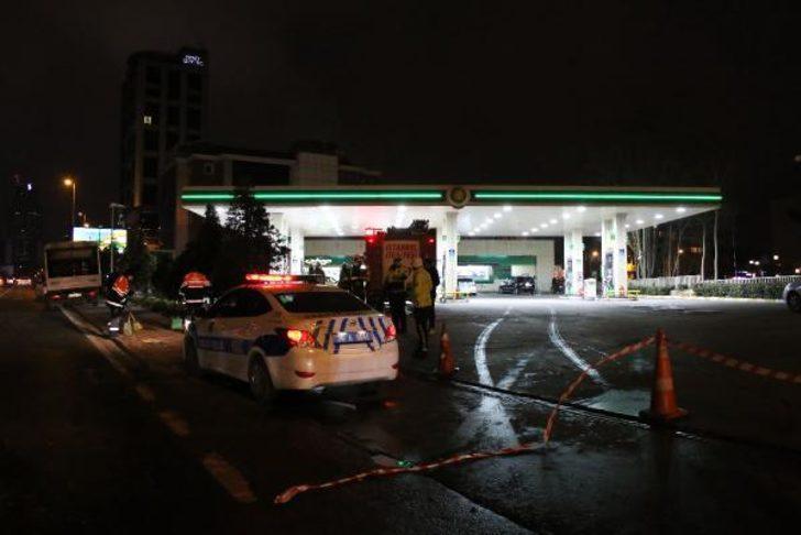İstanbul'da faciadan dönüldü! Lüks cip benzin istasyonuna girdi