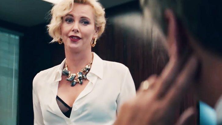 Charlize Theron, lezbiyen bir karakteri canlandırmak istiyor