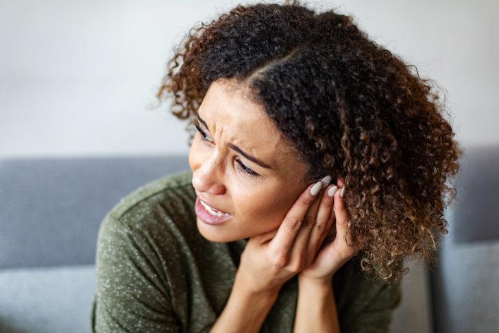 Kulak kireçlenmesi belirtileri neler? Kadınlarda 2 kat fazla görülüyor